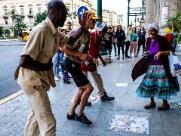 Bar no Cambuí abre exposição sobre cotidiano de Cuba