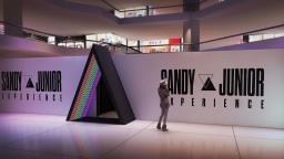 """Após turnê de retorno, Campinas terá exposição """"Sandy e Junior Experience"""""""