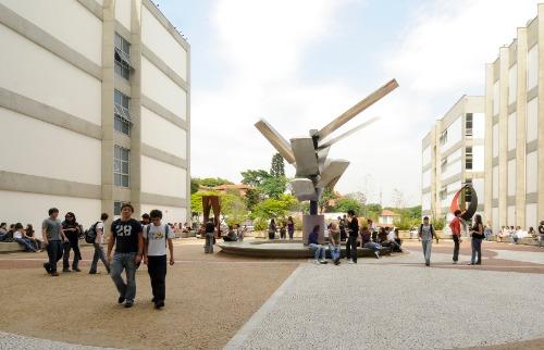 Estudantes no campus da Faap em São Paulo - Foto: Divulgação
