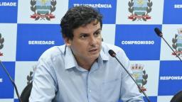 Fabiano diz que continua na disputa pela presidência da Câmara