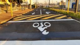 Cruzamentos de Araraquara recebem faixa exclusiva para motos