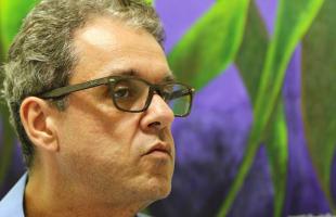 F.L. Piton / A Cidade - Conciliador, Ângelo Invernizzi estreitou laços com os professores e criou critérios para mudança de escolas