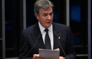 Fabio Rodrigues Pozzebom/Agência Brasil - Senador Fernando Collor de Mello, fala durante o quinto dia de julgamento final do processo de impeachment da presidenta afastada, Dilma Rousseff, no Senado