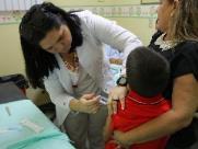 Justiça obriga casal vegano a regularizar vacinação do filho