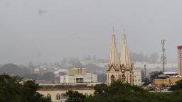Fim de semana começa com tempo nublado e chuvoso em Campinas