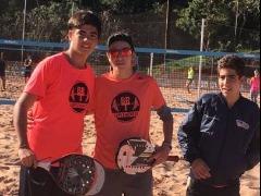 Foi o quarto primeiro lugar de Caique Spadari e seu parceiro Maurício Mola em seis torneios disputados neste ano (Foto: Divulgação) - Foto: (Foto: Divulgação)