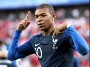Mbappé desencanta, França se classifica e elimina o Peru