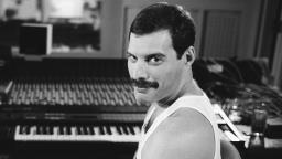 Freddie Mercury estava ficando cego nos últimos dias de vida