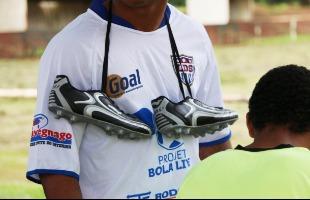 Divulgação / Martinez Comunicação - 100 adolescentes devem participar do projeto 'Bola Livre'