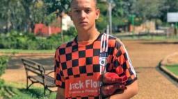 Jovem saí da escolinha de futebol de Holambra para Portugal