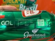 Cartão de embarque é uma lata de guaraná