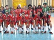 Times de futsal feminino disputam semifinal de torneio regional