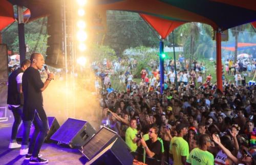 ACidade ON - Araraquara - Galera cantou todos os grandes sucessos do SPC (Amanda Rocha/ACidadeON/Araraquara)