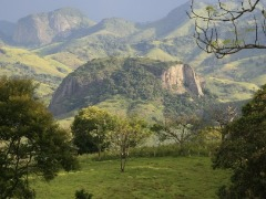 Belas paisagens e clima agradável encantam os turistas - Foto: Acervo Setur MG / Sérgio Mourão