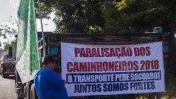 Caminhoneiros articulam greve nacional para 1° de fevereiro