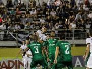 Guarani faz bom primeiro tempo e perde; Ponte joga muito mal e empata