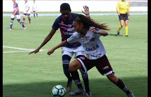 Da reportagem - Guerreiras vencem na estreia pelo Brasileiro (Foto: Jonatan Dutra/AFE)