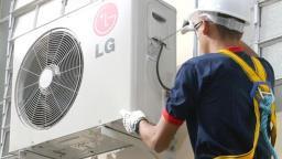 Há vagas para instalador de ar condicionado, mecânico de refrigeração, entre outras