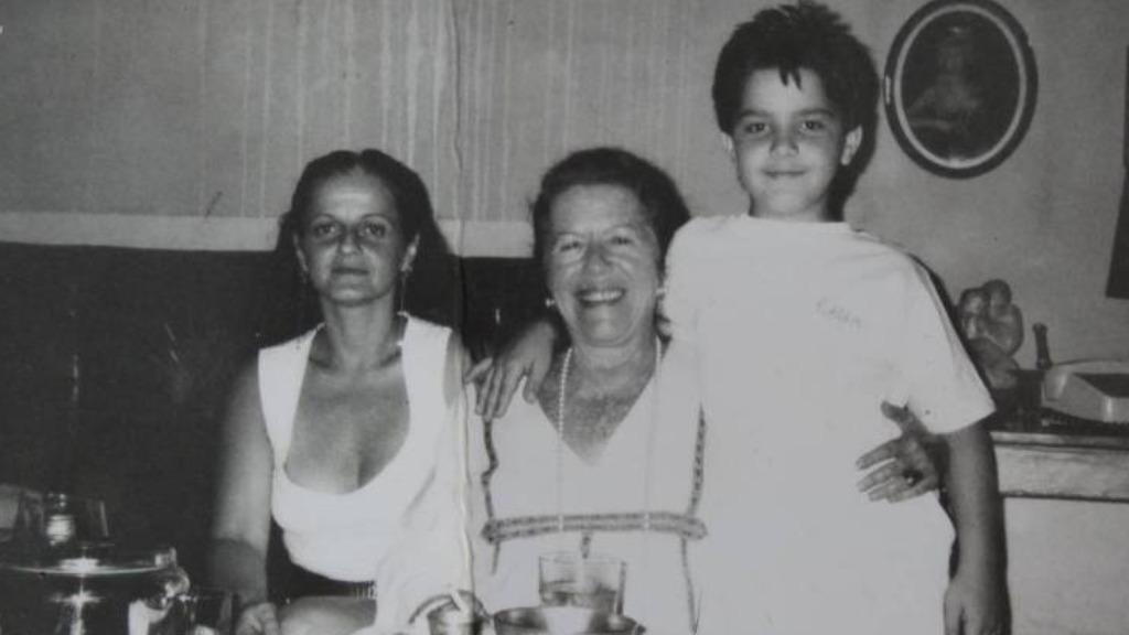 Da esquerda para a direita: Olga Bilenky, Hilda Hilst e Daniel Fuentes. Ano: 1990. - Foto: Acervo do Instituto Hilda Hilst