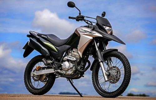 Divulgação - Nova Honda XRE 300 vem com duas opções de configurações (FOTO: Divulgação)
