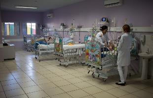 Mastrangelo Reino / A Cidade - Atolado em dívida, Hospital de Retaguarda Francisco de Assis fechou a pediatria da unidade