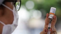SP anuncia vacinação de pessoas com comorbidades com 45 a 49 anos