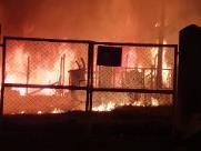Incêndio atinge comunidade na zona Oeste de Ribeirão Preto