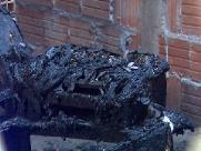 Polícia investiga morte de homem encontrado carbonizado em comunidade