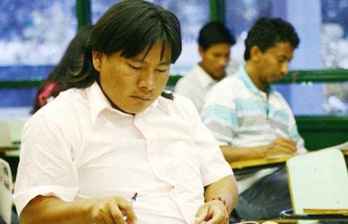 Estudante indígena durante prova de vestibular - Foto: O Povo