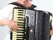 Instrumentista comemora 65 anos de música em Ribeirão Preto