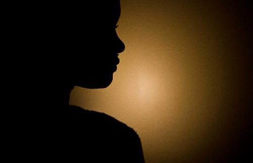 Jovem foi infectada pelo vírus HIV através da mãe - Foto: Weber Sian / A Cidade
