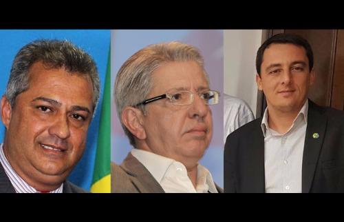 Reprodução Facebook / F.L.Piton / A Cidade - 21.set.2016 / Reprodução Facebook - Bueno diz contribuir; Barbosa é secretário; Castro busca verba