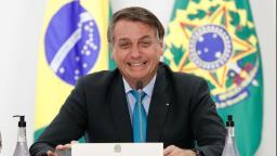 Bolsonaro lidera com folga popularidade digital em 2020, seguido por Huck e Lula