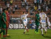 Guarani perde para o Santos e segue fora da zona de classificação