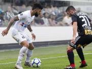 São Paulo empata com o Santos, e Inter pode se isolar na liderança