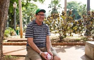 Weber Sian / A Cidade - O aposentado José Gilmar Basso assiste todos os programas eleitorais e cobra mais propostas
