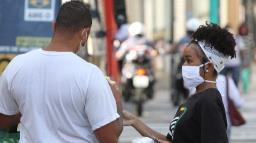 """Prefeitura dá 500 """"multas morais"""" para conscientização de máscara"""