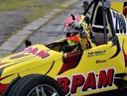 Piloto de Campinas vence mais uma e lidera campeonato