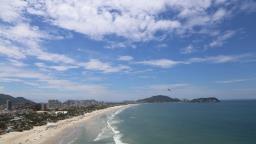Quer trabalhar na praia? Tem concurso aberto no litoral de SP