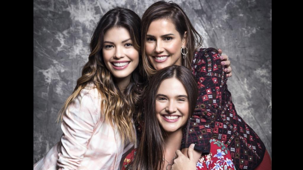 Kyra (Vitória Strada), Alexia (Deborah Secco) e Luna (Juliana Paiva) são as protagonistas (Foto: João Miguel Júnior / Globo) - Foto: Agências