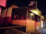 Incêndio destrói cozinha de hamburgueria e local é isolado