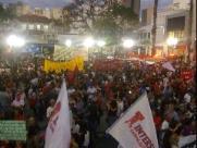 Largo do Rosário recebe último ato do dia de greve geral em Campinas