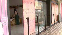 Funcionários são demitidos e lojas fecham as portas em São Carlos