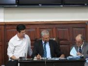 Câmara de São Carlos aprova aumento de 32% no salário dos vereadores