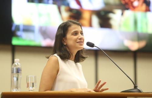 Milena Aurea / A Cidade - A especialista em segurança pública, Ludmila Lopes Ribeiro