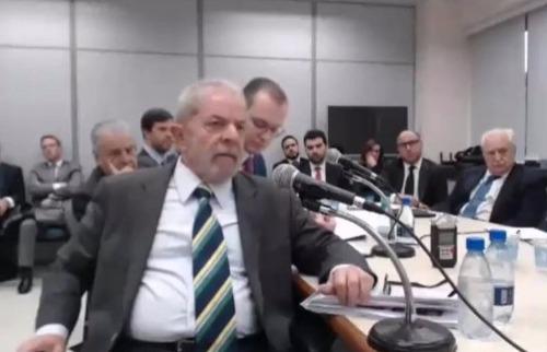 Divulgação / Justiça Federal do Paraná - Lula durante depoimento ao Juiz Sérgio Moro, em Curitiba
