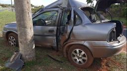 Mãe e filha ficam feridas em acidente na José Barbieri Neto