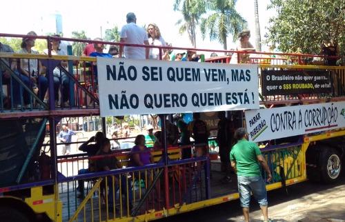 Monize Zampieri / A Cidade - Manifestação em Ribeirão Preto