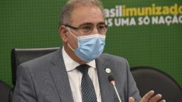 Ministro da Saúde critica mudanças nas regras da vacinação