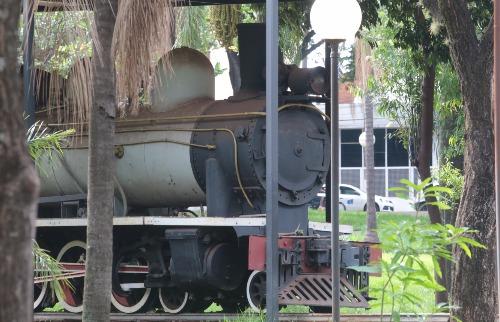 Matheus Urenha / A Cidade - Maria Fumaça Phantom: Locomotiva da Usina Amália doada ao município pelas Indústrias Matarazzo